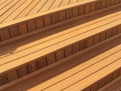 Deck de madeira plástica para piscina
