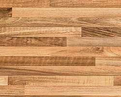 Instalação de tacos de madeira