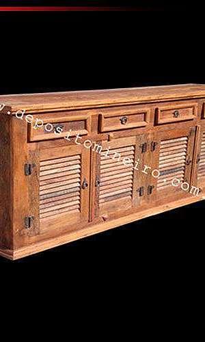 Arcaz em madeira de demolição