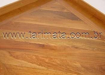 Assoalho de madeira tauari