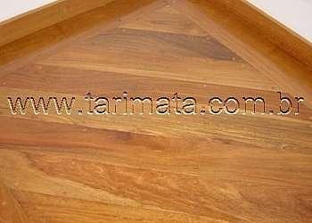 Loja de assoalho de madeira