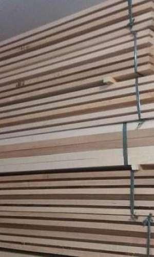 Batente de madeira para porta
