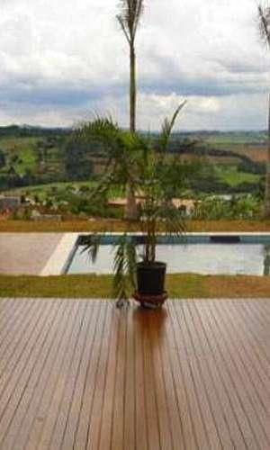 Deck de madeira para piscina preço