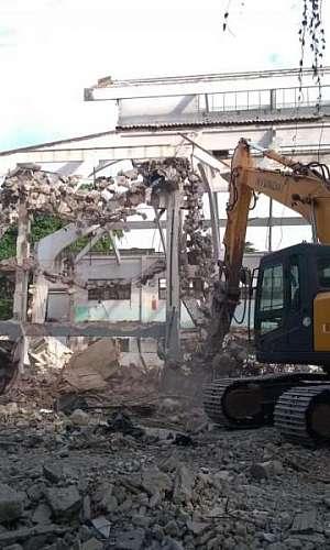 Demolição de estruturas