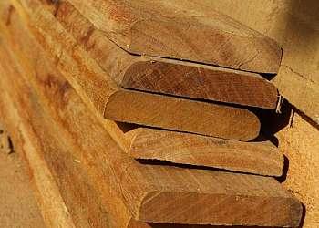 Taco de madeira cumaru