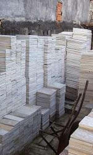 Pedras madeira branca