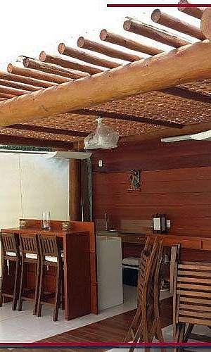 Pergolado de Madeira com Deck