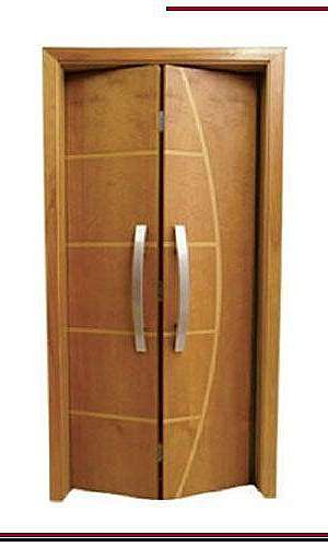 Porta Frisada De Madeira Completa