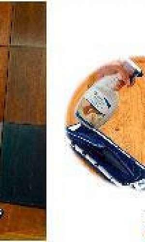 Produto de limpeza para piso de madeira