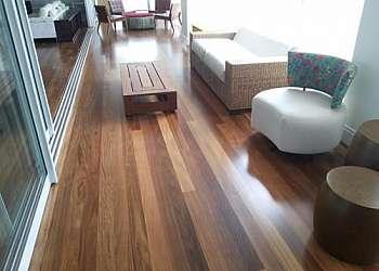 Restauração de assoalho de madeira