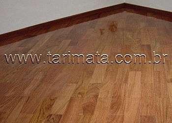 Tacos de madeira para piso