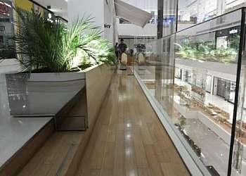 Produtos para tratamento de pisos de madeira