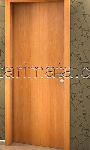 Venda de portas de madeira